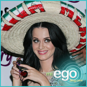Katy Perry Presents Purr in Mexico